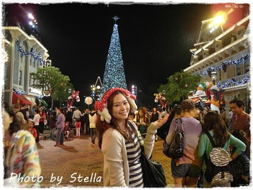 ♥香港♥香港迪士尼樂園下雪了,今年一定要來這裡渡過雪亮聖誕