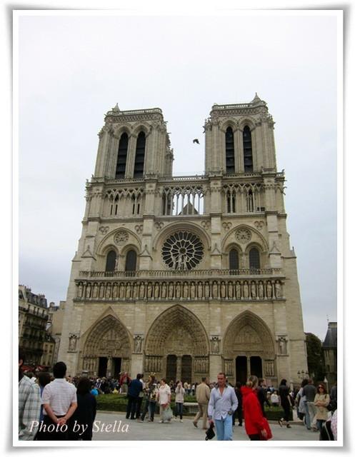 ♥旅遊♥來到巴黎必逛的6個著名景點(有巴黎艾菲爾鐵塔國慶煙火秀唷)
