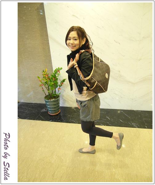 ♥穿搭♥Look秋冬新款&Junior兔年限量塗鴉包,三款包超可愛