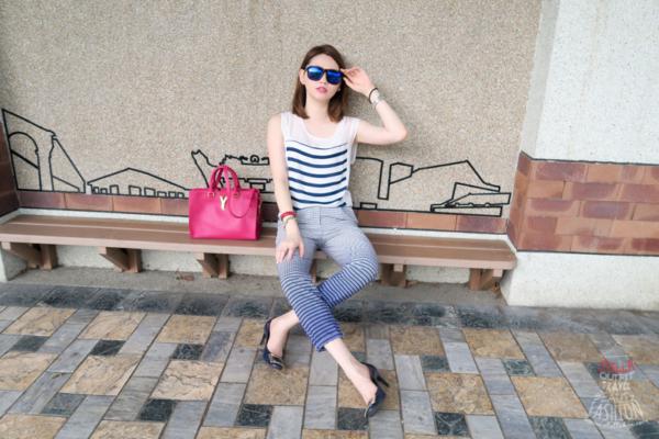 【日穿搭】最愛清爽藍調,橫條紋上衣x漸層方格褲