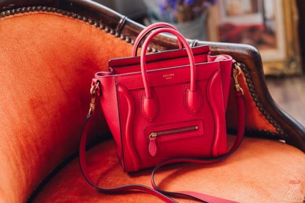 【精品。Bag】CÉLINE Nano Luggage笑臉小囧包(紅),時尚名人們人手一咖♥︎