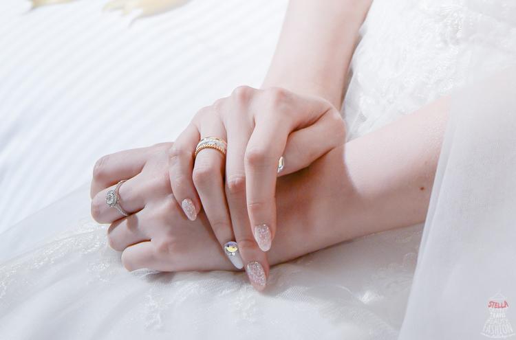 【Wedding】新娘必備,最好搭禮服的「超夢幻金邊手繪白蕾絲x閃亮施華洛世奇特殊鑽」光療指彩