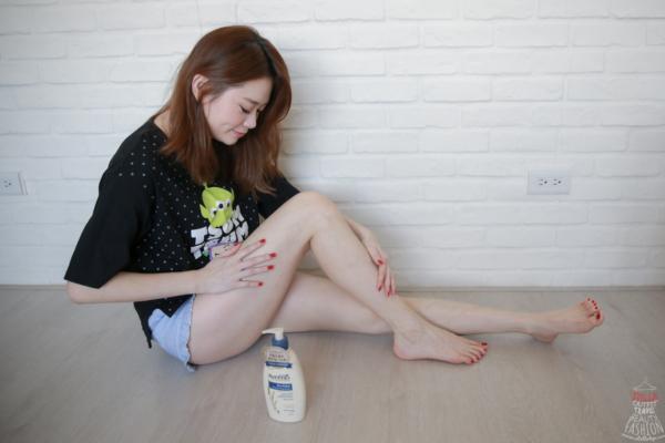 【身體乳】美國皮膚科跟巨星珍妮佛安妮斯頓推薦,敏感肌必用Aveeno艾惟諾燕麥高效舒緩保濕乳