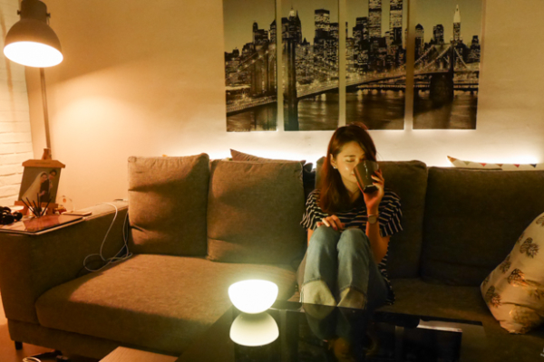 【3C】飛利浦Hue智慧燈泡,搭配多種app,讓家的燈光更繽紛更有溫度