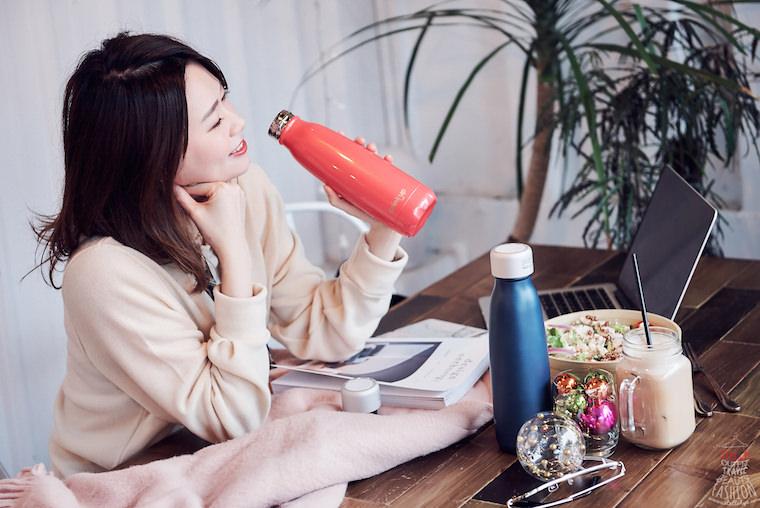 【開箱】DrinKup 智慧保溫瓶,時尚外型讓喝水好有趣,提醒我喝水超貼心