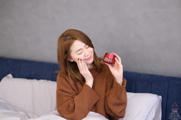 【乳霜】SK-II R.N.A超肌能緊緻活膚霜輕盈版,空氣乳霜使用不黏膩超舒適啊!