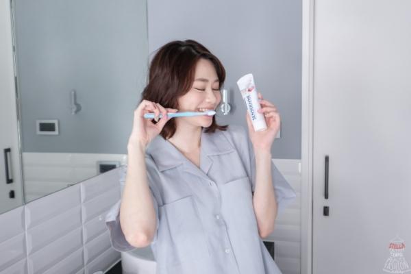【2019最新】牙醫推薦。舒酸定專業抗敏護齦牙膏,一次解決牙齒敏感刺痛、牙齦流血問題!