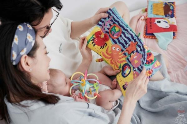 【育兒】最有趣的美國Manhattan Toy軟布書、固齒器,滿足寶寶口慾期,從小培養親子共讀!